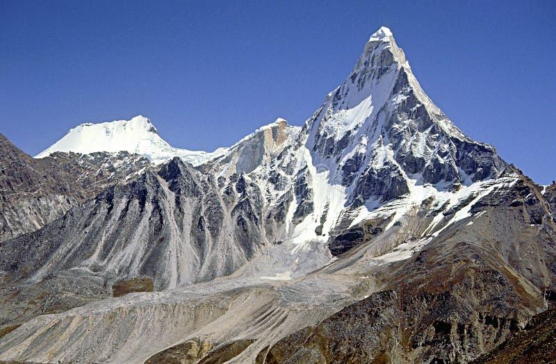 喜马拉雅山印第安高峰shivling 库存照片