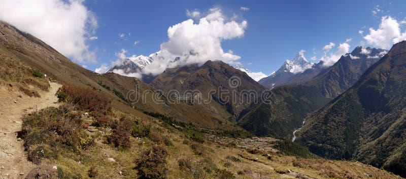 喜马拉雅山尼泊尔 库存照片