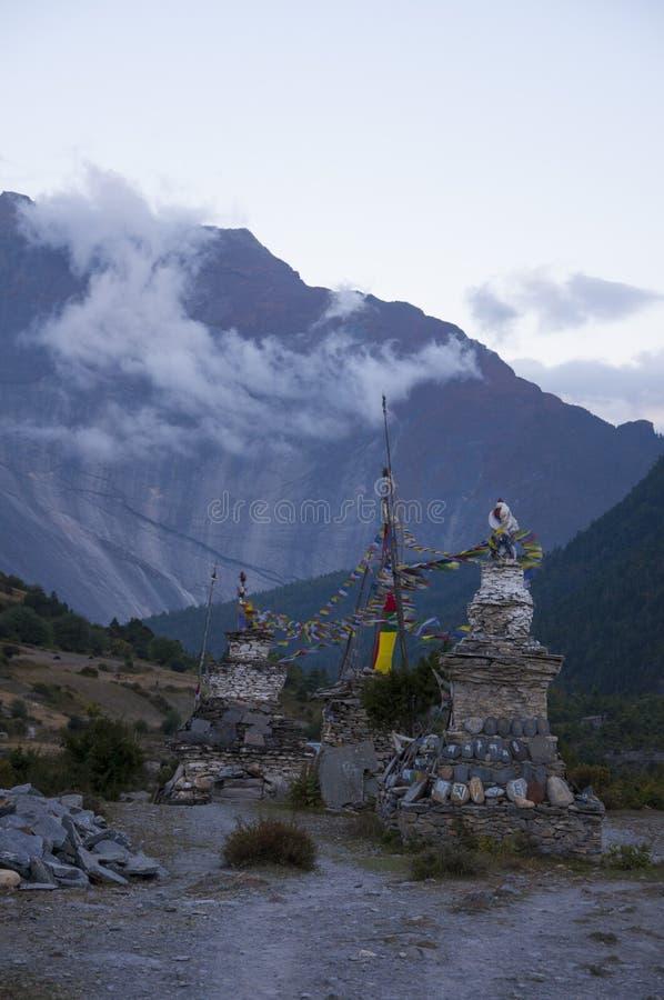 喜马拉雅山祷告旗子 库存图片