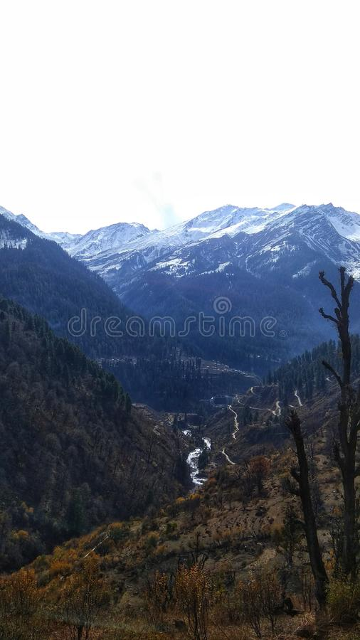 喜马拉雅山,从tosh村庄的看法 免版税库存照片
