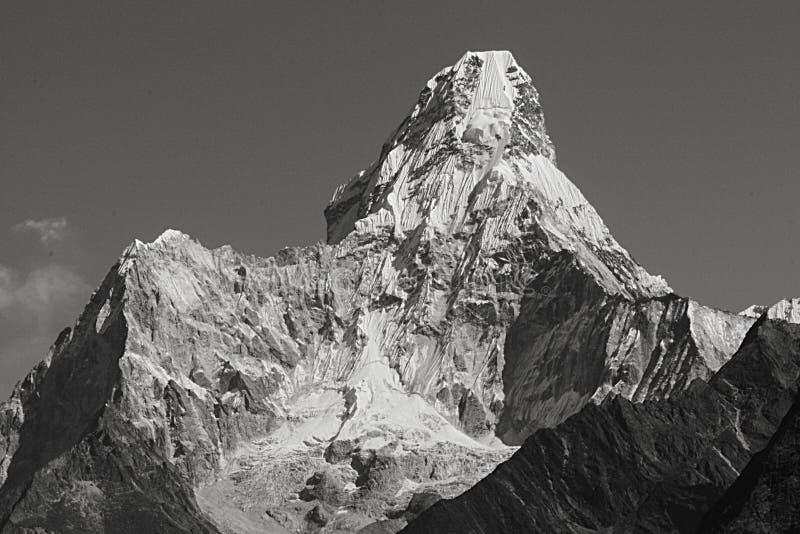 喜马拉雅惊人的登上在途中的阿马Dablam向珠峰 图库摄影