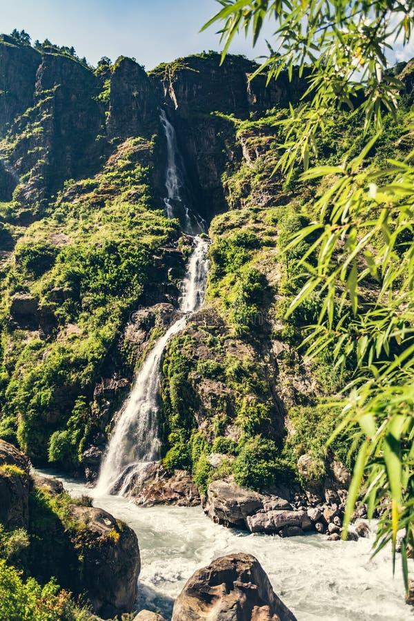 喜马拉雅的山水山谷观 库存图片
