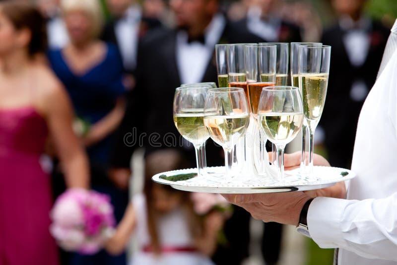 喝系列服务等候人员婚礼 免版税库存图片