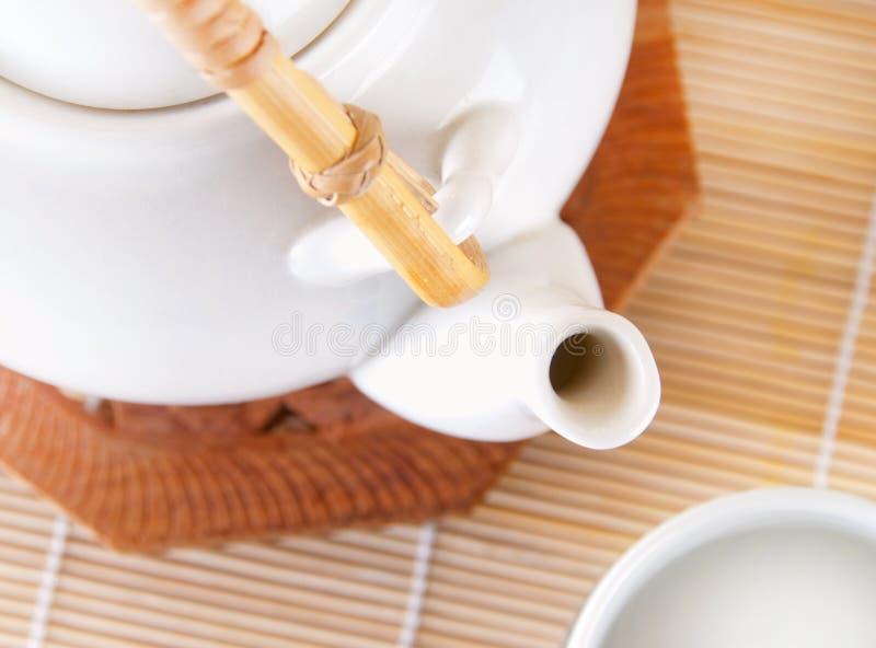 喷口茶壶 免版税库存照片
