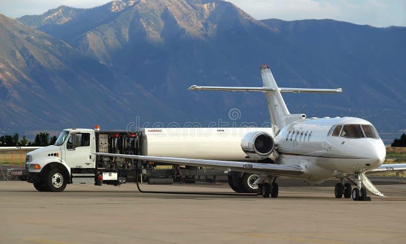 喷气机加油 库存照片
