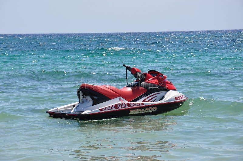 喷气机滑雪在水中 免版税库存图片
