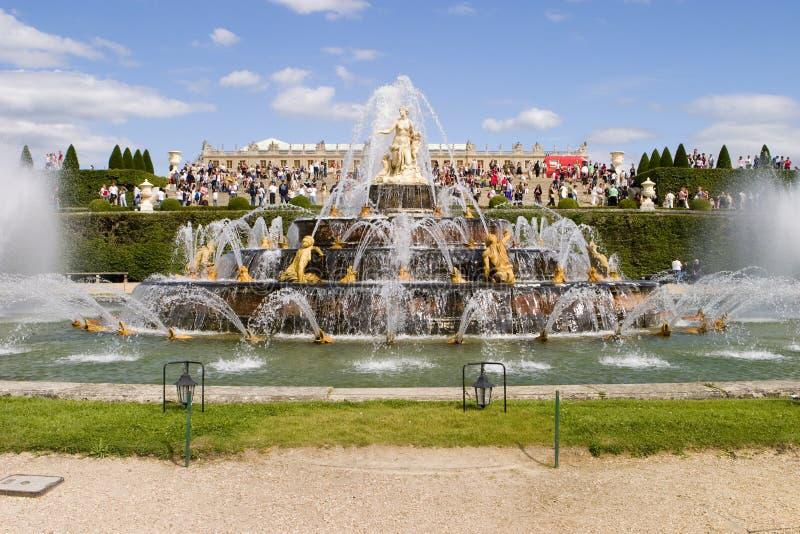 喷泉凡尔赛 免版税库存照片