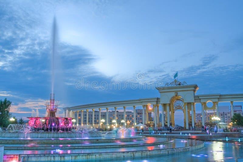喷泉在卡扎克斯坦,阿尔玛蒂国家公园  免版税图库摄影
