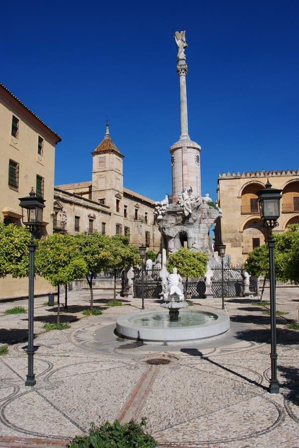 喷泉在庭院里,科多巴,西班牙。 免版税图库摄影