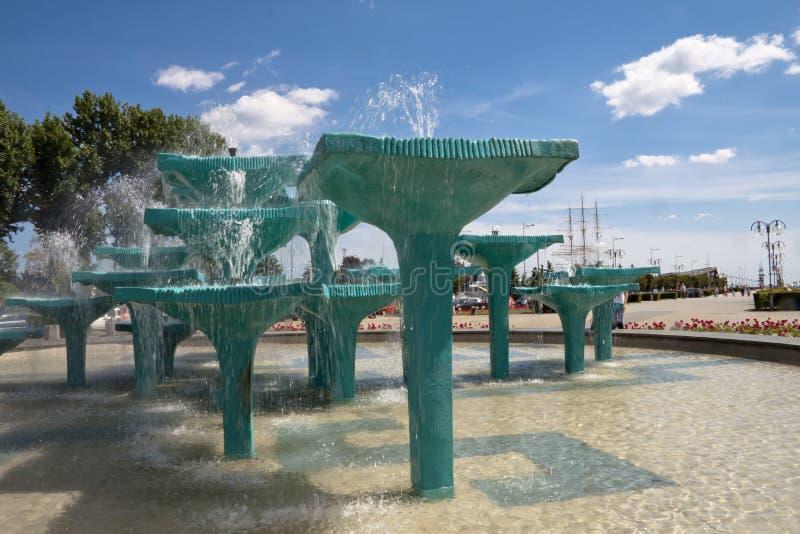 喷泉在格丁尼亚-波兰 库存照片