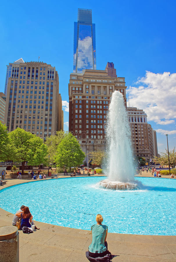喷泉在费城PA的爱公园 免版税图库摄影