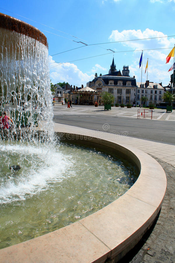 喷泉法国夏天 库存照片