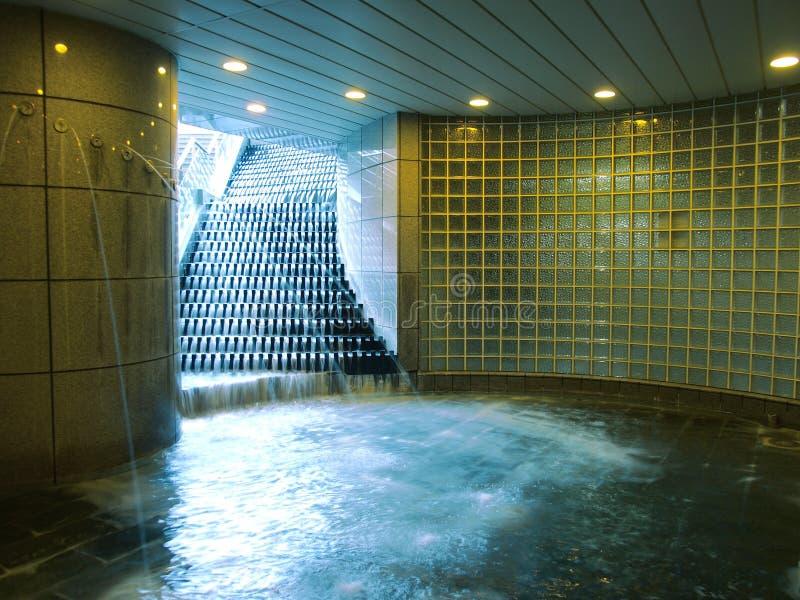 喷泉瀑布 免版税库存照片