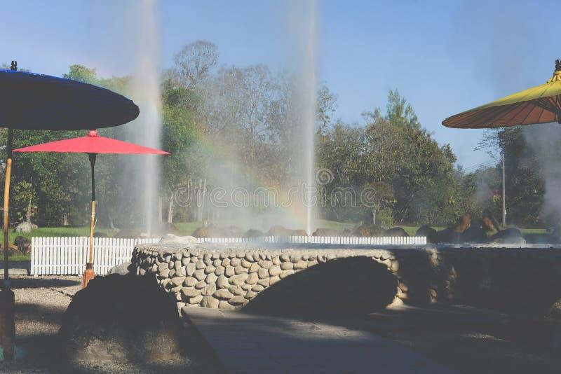 喷泉爆发 E 免版税库存图片