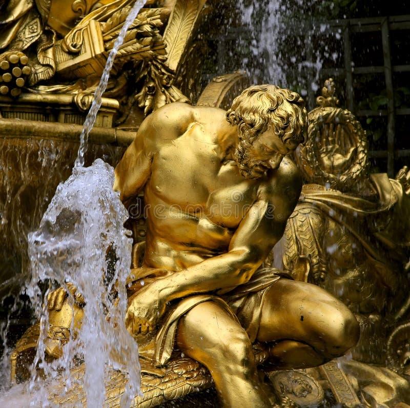 喷泉片段公园凡尔赛 免版税库存图片