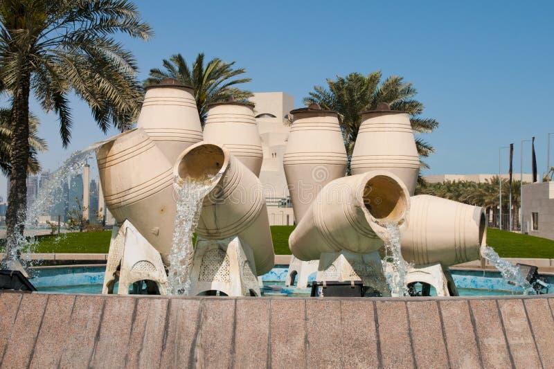 喷泉罐水 免版税图库摄影