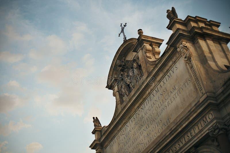 喷泉dell'Acqua Paola上面在罗马 免版税图库摄影
