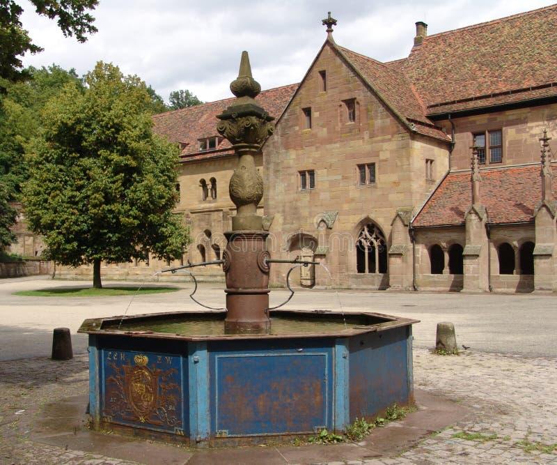 喷泉maulbronn 免版税图库摄影