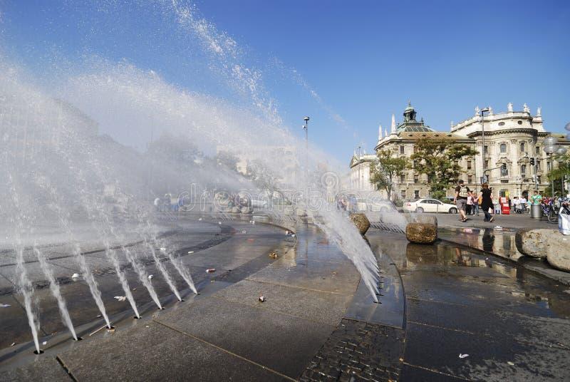 喷泉stachus 免版税图库摄影