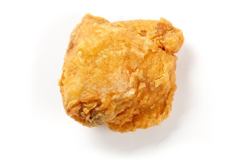嘎吱咬嚼的炸鸡 免版税库存图片