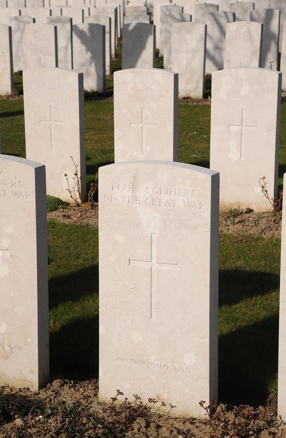 四个无名战士共同的坟墓,泰恩河轻便小床公墓,比利时 库存图片