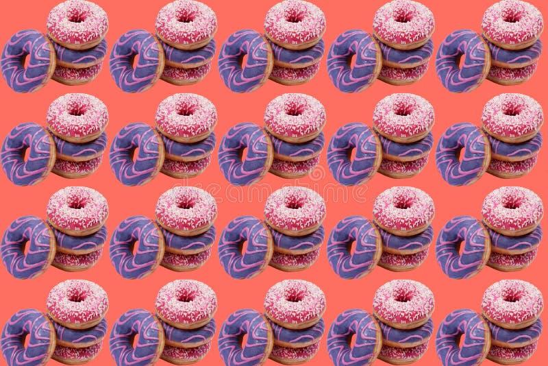 四个甜油炸圈饼的样式 皇族释放例证