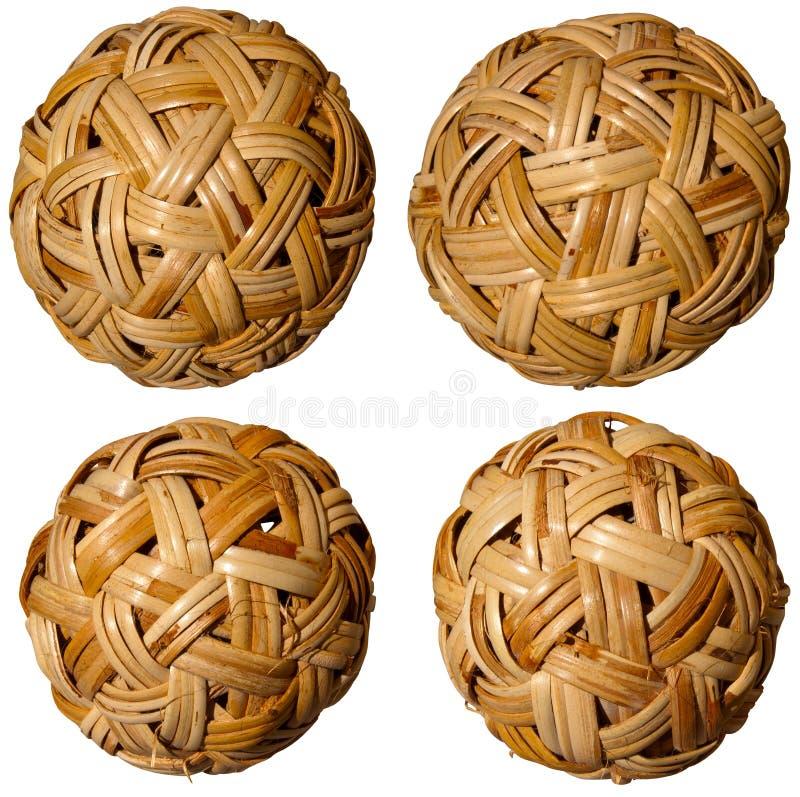 四个被编织的竹球 库存图片
