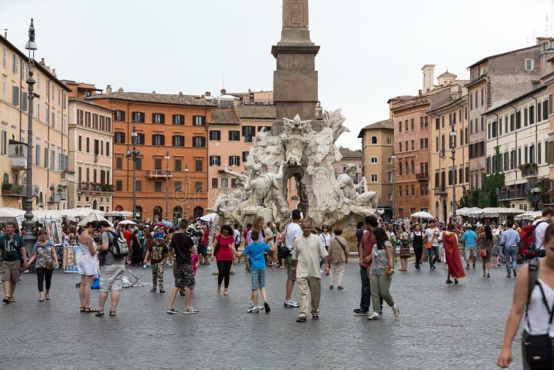 四条河的喷泉有埃及方尖碑的,在纳沃纳广场中间 罗马 免版税图库摄影