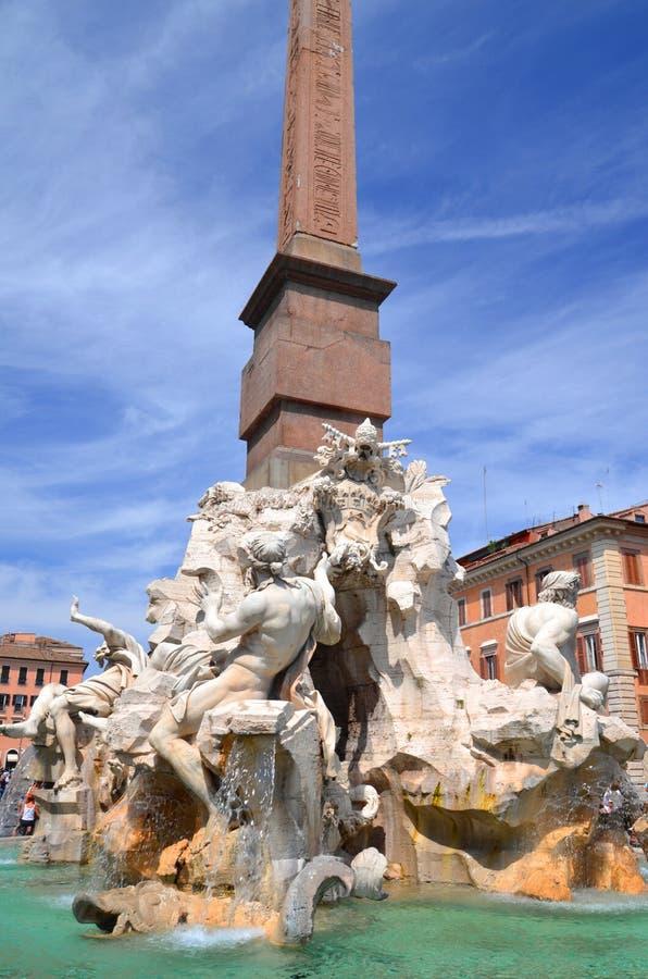 四条河的美丽的喷泉纳沃纳广场的在罗马,意大利 库存图片