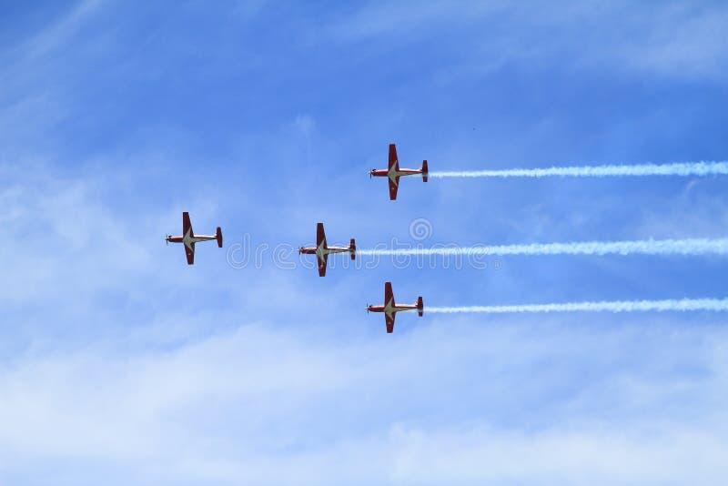 四飞行喷气机-在Airshow的杂技 免版税库存照片