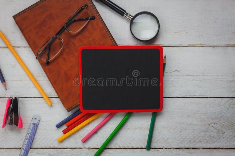 回到学校概念和营业所的顶视图 库存图片