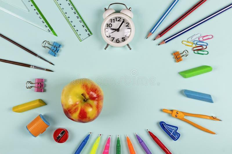 回到学校,健康,孩子,想法,高中,膳食计划,午餐想法,学院,剪贴美术,晚餐想法,膳食预习功课,食谱,菜单想法, 图库摄影