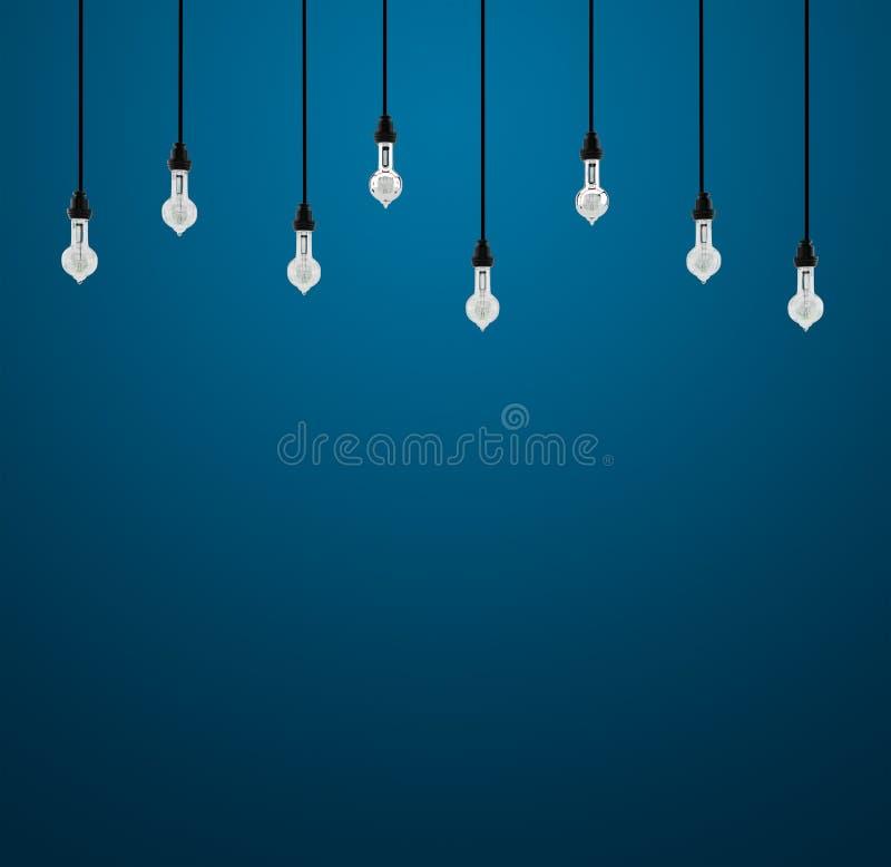 回报在蓝色背景的3d电灯泡 向量例证