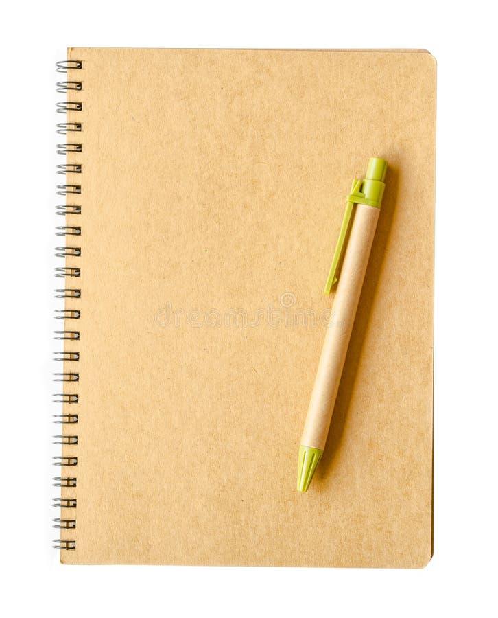 回收包装纸笔记本和笔 库存图片