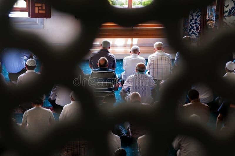 回教星期五祷告Tunahan清真寺土耳其 库存照片