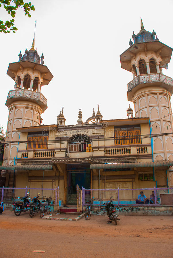 Download 回教清真寺 在缅甸的Bago 缅甸 编辑类库存照片. 图片 包括有 颜色, 布琼布拉, 泰米尔语, 城市 - 72364373