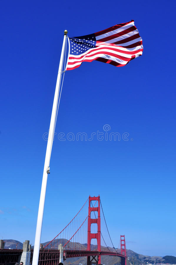 团结的桥梁弗朗西斯科门金黄圣状态 免版税库存照片