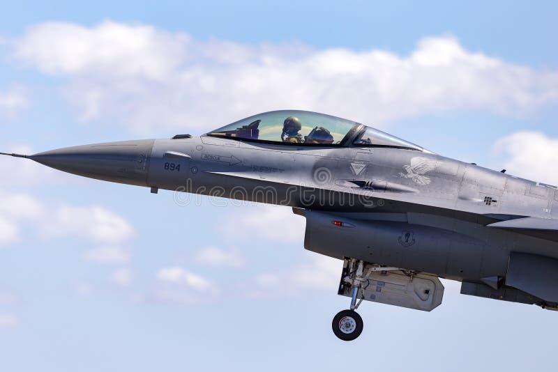 �ycj�f�yk�_澳大利亚- 2013年2月22日:团结的staes空军队美国空军洛克希德f-16cj