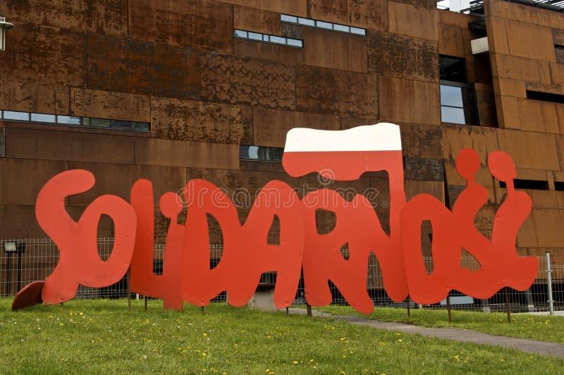 团结商标,对波兰独立政治运动的一座纪念碑 免版税库存图片