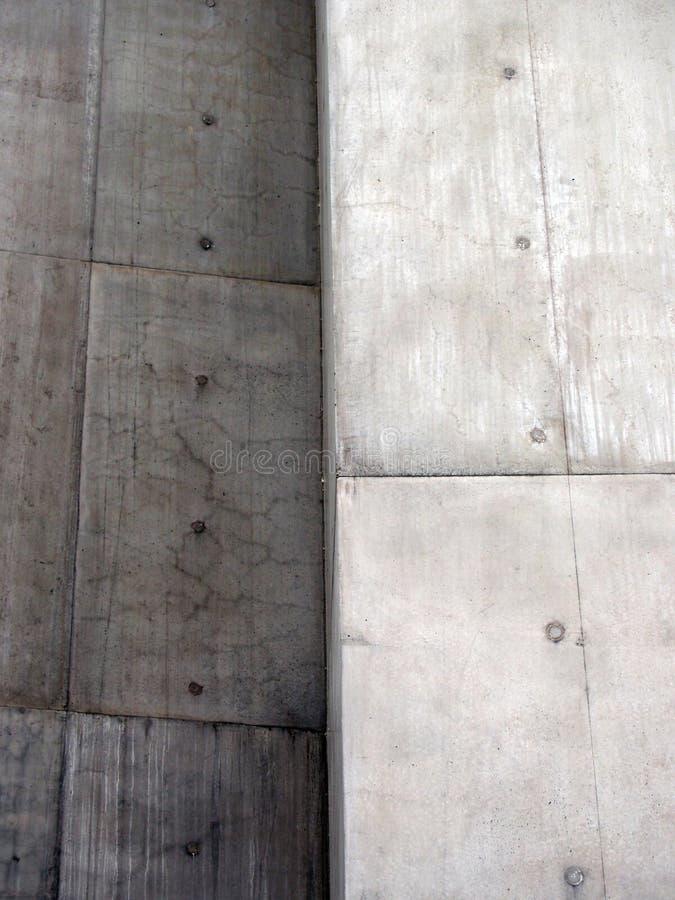 困厄的有角具体块墙壁 图库摄影