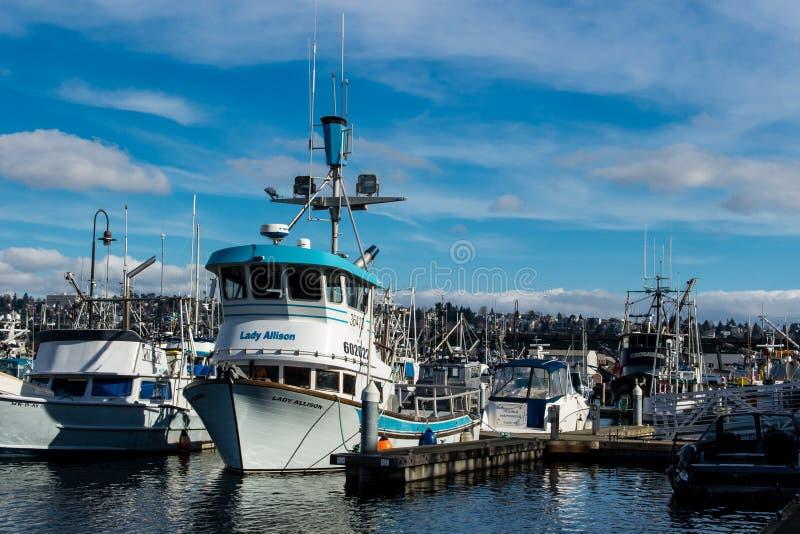 围网渔船在渔夫` s终端停泊了在西雅图华盛顿 库存照片
