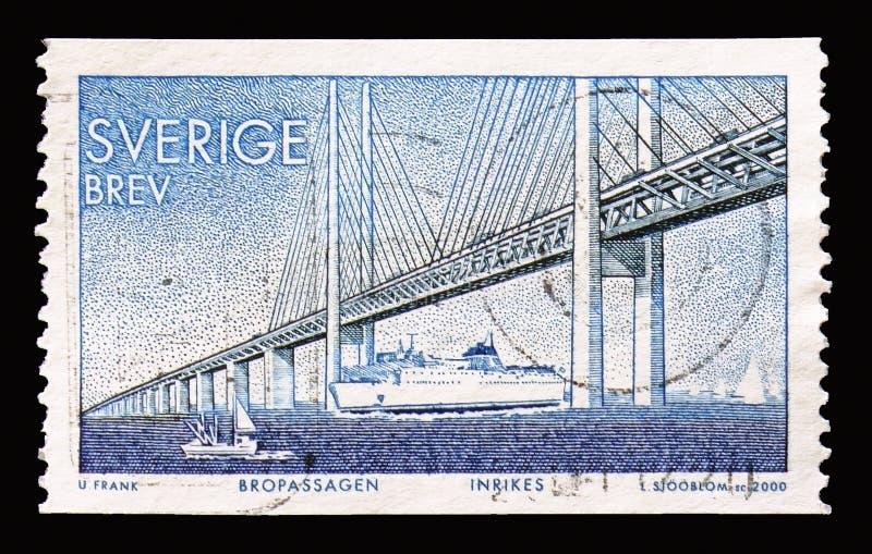 固定链接的厄勒海峡大桥、完成丹麦之间的和S 库存照片