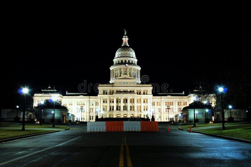 国会大厦晚上状态得克萨斯时间 库存照片
