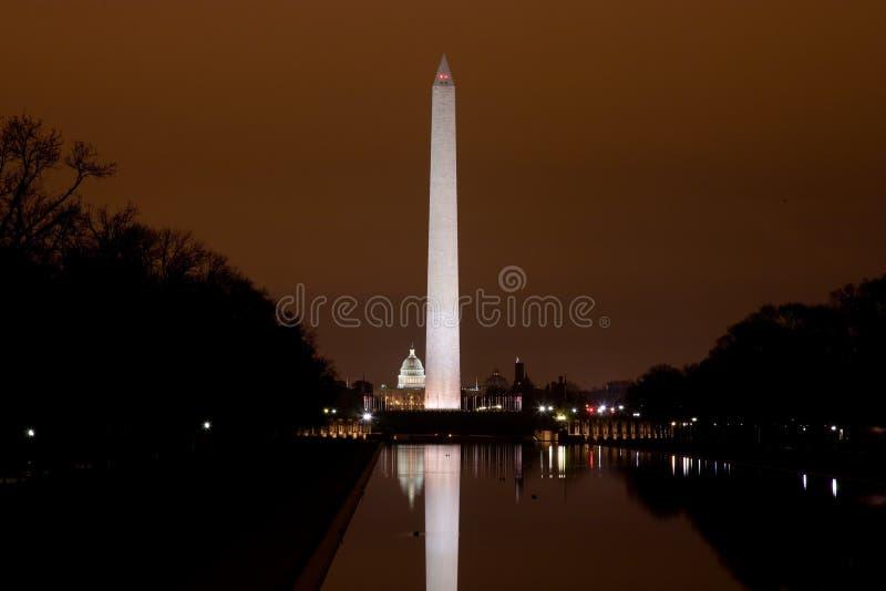 国会大厦黑暗纪念碑我们华盛顿 免版税库存图片