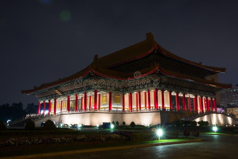 国家戏院侧视图黄昏的在台北,台湾 免版税库存图片