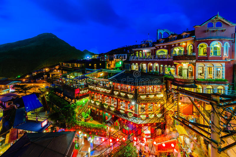 国家戏院和音乐会Jioufen村庄Hallnight场面夜场面  免版税库存照片