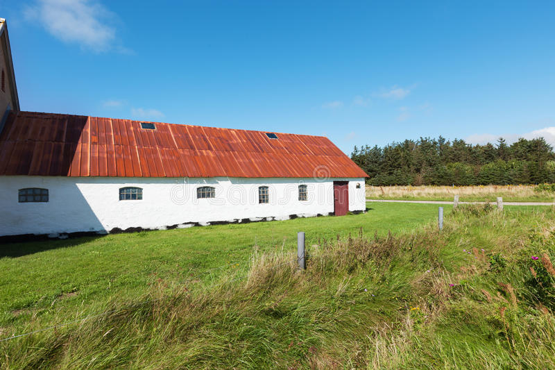 国家白色房子在丹麦,没人 免版税库存照片