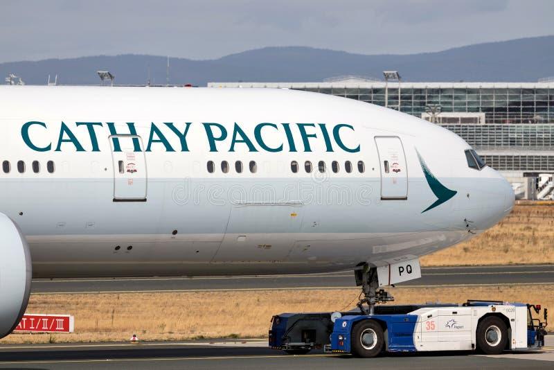国泰波音777-300 免版税库存照片