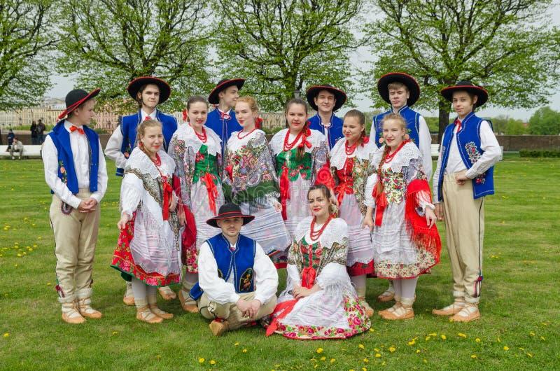 国籍球参加者:波兰民间舞合奏` Gaik ` 免版税库存照片
