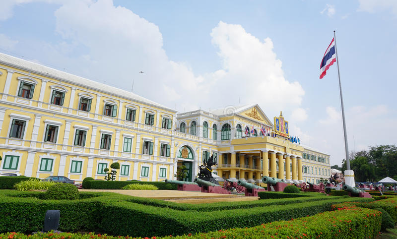国防部大厦在曼谷 免版税库存图片